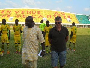 2013 Mounirou DAOUDA et Manuel AMOROS, ancien sélectionneur du Bénin et champion d'Europe avec l'équipe de France de football